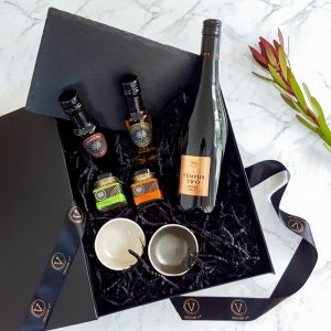 wine and dukkah gift hamper